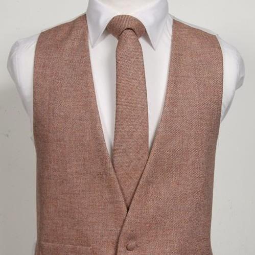 Tweed Sandalwood