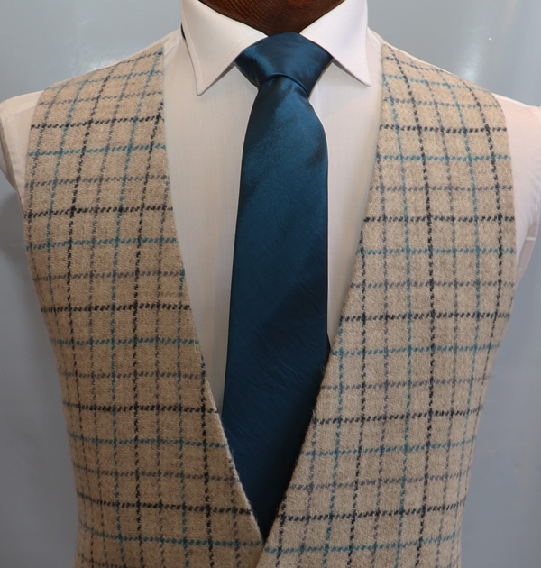 Turquoise Ivory Tweed Anthony